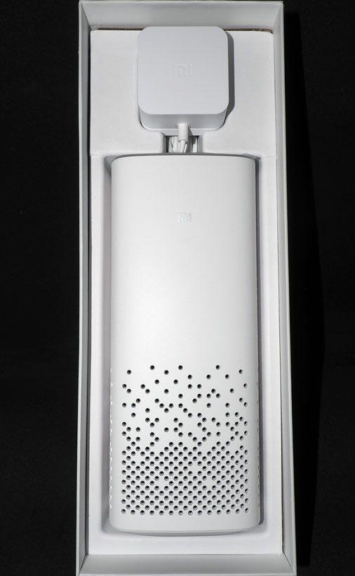 Умная колонка Xiaomi AI speaker в коробке