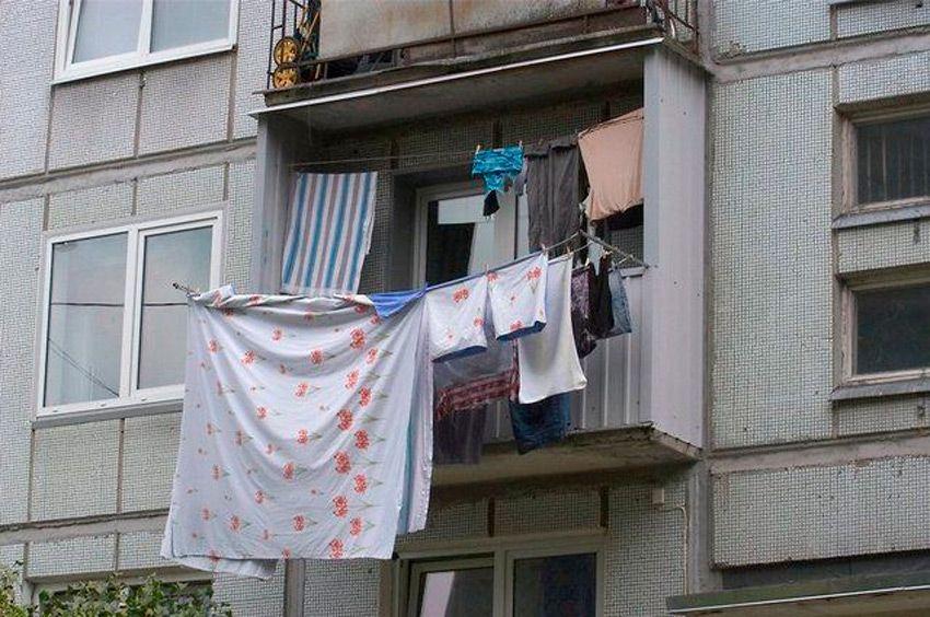 Сушилка белья на балконе