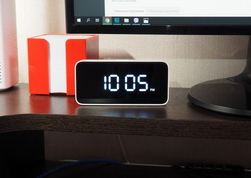 Умные настольные часы Xiaomi