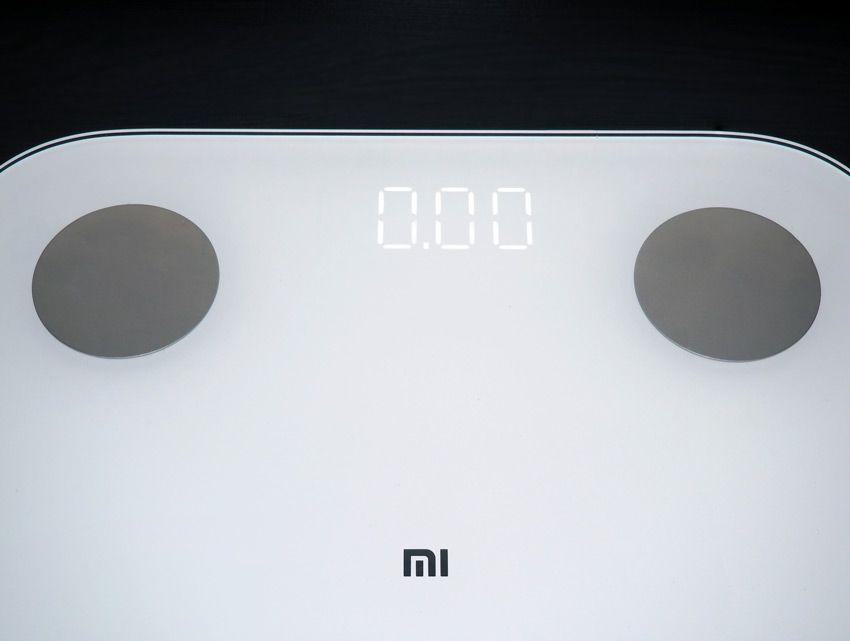 Экран на весах Xiaomi